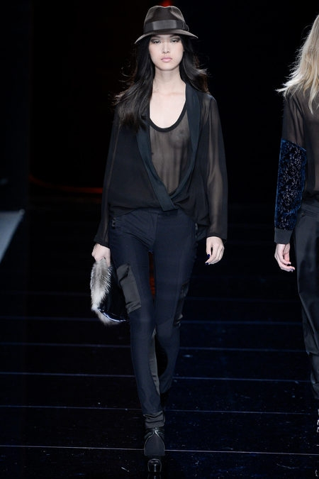 Nicole Miller Fall 2013 Ready-to-Wear (трафик)