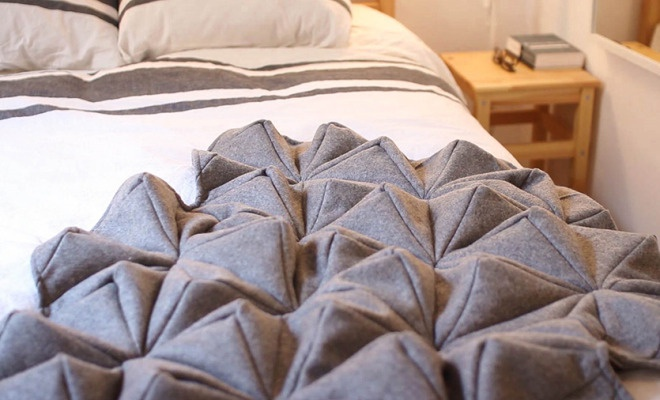 Bloom blanket by Bianca Cheng Costanzo 1